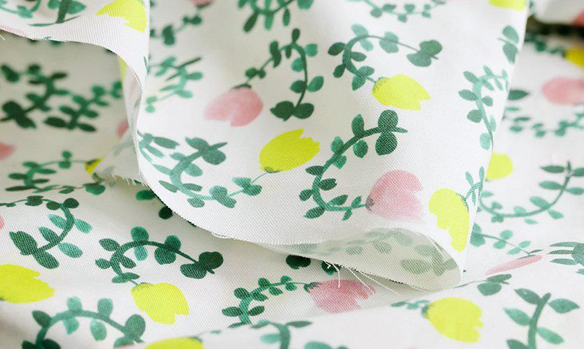nunocoto fabric:smallgarden(ホワイト)