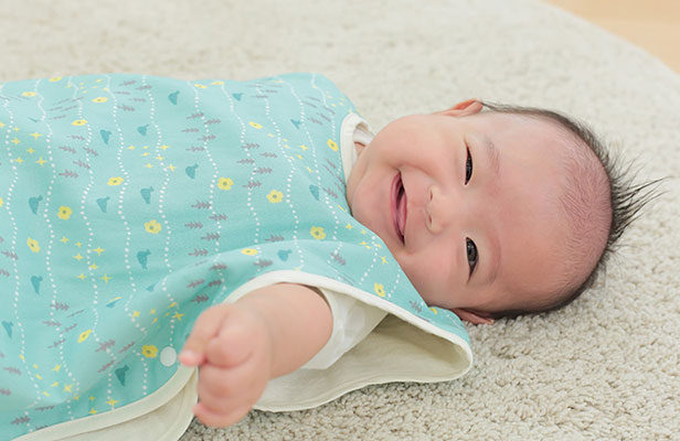 オールシーズンふんわり赤ちゃんを包み込むスリーパーキットが発売!